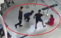 Cấm đi khỏi nơi cư trú với ba kẻ đánh nữ nhân viên hàng không
