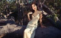 """Khi sao nữ Việt cùng diện đầm trễ nải: Người sexy """"ná thở"""", người lộ ngay thân hình gầy đét"""