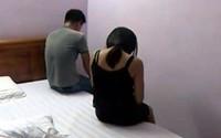 Bắt quả tang 2 phụ nữ U40 bán dâm cho 2 thanh niên 9X ngay tại quán cà phê