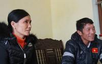 Bố mẹ Đoàn Văn Hậu kể chuyện vui khi bắt xe ôm ra về sau trận chung kết
