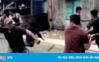 Thiếu niên 15 tuổi đâm hai người trọng thương