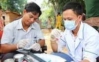 Tẩm màn phòng, chống sốt rét cho 3.300 người dân