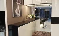 Căn hộ trên tầng 34 được đôi vợ chồng trẻ ở Hà Nội tự tay thiết kế và tâm huyết đến từng m²