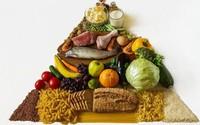 Clip: Sự khác biệt về chế độ dinh dưỡng của người cao tuổi mắc bệnh lây nhiễm và không lây nhiễm