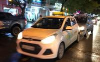 Taxi truyền thống, công nghệ 'tê liệt' ngày Hà Nội chuyển mưa rét