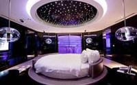 Khách sạn tình yêu mờ ảo đắt khách: 600 ngàn cho 3 giờ