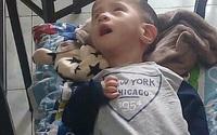 Bé trai 15 tháng tuổi bị động kinh đã được gia đình đưa ra Hà Nội khám
