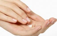 Bong da tay có phải do thiếu vi chất?