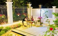 Thủy Tiên khoe khoảnh khắc bình yên bên Công Vinh trong căn biệt thự tiền tỷ ngập tràn sắc hoa