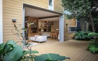 Ngôi nhà vườn rộng thênh thang với nhiều loại cây xanh chục năm tuổi