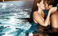 Tác hại không ngờ khi 'yêu' dưới nước bạn cần biết