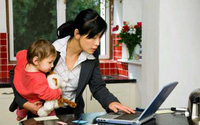 Hội chứng cô đơn giữa gia đình (14): Những người vợ cô đơn vì quá... bận rộn