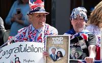Đám cưới Hoàng tử Anh Harry diễn ra vào lúc mấy giờ?