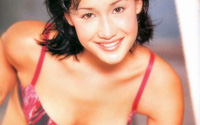 """Maggie Q: """"Quả bom sex"""" gốc Việt đình đám nhất Hollywood và tình yêu nở muộn với người đàn ông hơn 18 tuổi"""