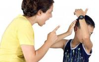 Sốc nặng khi thấy vợ làm điều tồi tệ này với con riêng của chồng