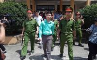 Tâm sự bất ngờ của BS Hoàng Công Lương sau khi tòa hoãn xử