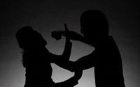 Bị đánh chết vì xách dao đi hỏi tội con riêng của 'vợ hờ'