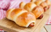 """Mách bạn cách làm bánh mì xúc xích cực nhanh mà ngon """"hết sảy"""""""
