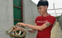 Mới 25 tuổi, chàng trai Đồng Nai đã làm chủ đàn rắn 10.000 con, kiếm hàng tỷ đồng mỗi năm