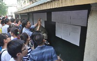 Màn hạ điểm chuẩn vào lớp 10 kỷ lục tại Hà Nội