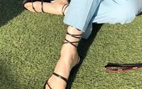 Sandals buộc dây - món đồ nhất định phải có vì sự kết hợp quá đỗi hoàn hảo với những set đồ ngày hè