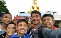 Sức khỏe của đội bóng nhí Thái Lan vừa được giải cứu hiện tại ra sao?