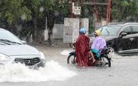 """Áp thấp nhiệt đới """"nối đuôi nhau"""" trên biển đông: Nguy cơ ngập úng tại nhiều địa phương"""