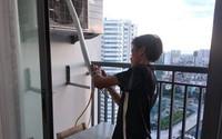 Thợ điều hòa kiếm tiền triệu ngày nắng nóng