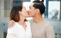 Khánh Thi hôn đắm đuối Phan Hiển sau khi khẳng định hôn nhân không trục trặc