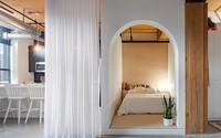 Phòng ngủ kiểu hộp kết hợp rèm trắng đã