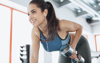 Nghiên cứu kéo dài 10 năm nói nghe nhạc khi tập thể dục giúp ta bớt mệt mỏi, nhưng vẫn nên cẩn trọng