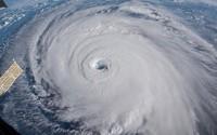Siêu bão Florence gia tăng cường độ nguy hiểm, người dân Mỹ sơ tán gấp