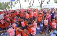 Quỹ sữa vươn cao Việt Nam và Vinamilk đem niềm vui ngày Tết Trung Thu đến cho trẻ em tỉnh Vĩnh Phúc