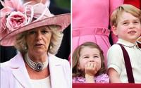 """Không phải là """"bà nội"""", Hoàng tử George và Công chúa Charlotte gọi bà Camilla bằng cái tên kỳ lạ"""