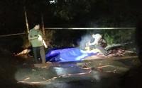 Kiểm tra người đàn ông nằm bất động cạnh xe máy phát hiện 1 người khác tử vong