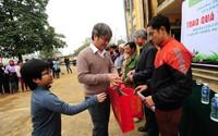 Báo GĐ&XH mang Tết đến với người dân nghèo ở huyện Tân Lạc, Hòa Bình