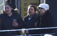 Mẹ quẫn trí gào khóc bên xác con trai 17 tuổi, cha ngơ ngẩn vì không còn được gặp con