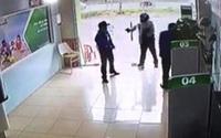 Trung úy công an nổ súng ở ngân hàng cuối cùng đã bị khởi tố tội cướp tài sản