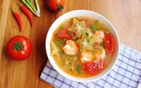 Canh tôm chua nấu khế giải ngấy sau Tết