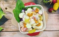 Salad trái cây sốt sữa chua 'giải quyết' hoa quả thừa sau Tết