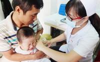 Cúm mùa đang gia tăng, nếu thấy con có các triệu chứng này, cần cho trẻ đi khám ngay