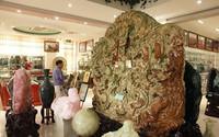 Tạc tranh rồng từ ngọc nguyên khối nặng 2 tấn, chủ nhân ra giá 10 tỷ đồng