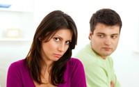 10 cách ứng xử vô tình làm tổn thương chồng mà phụ nữ không hay biết