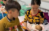 Bé trai 13 tuổi dùng chân làm phanh xe đạp từ Sơn La xuống Hà Nội thăm em bệnh trọng
