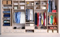 Cách sắp xếp quần áo đúng chuẩn để phòng bạn lúc nào cũng gọn gàng bất chấp diện tích nhỏ