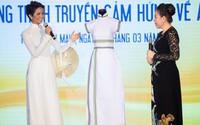 H'Hen Niê tặng bộ áo dài thổ cẩm từng gây sốt Miss Universe 2018 cho Bảo tàng Áo Dài