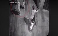 Bé gái 10 tuổi nghi bị xâm hại trong ngõ vắng ở Hà Nội