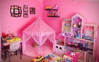 Cặp bố mẹ cuồng con gái thiết kế phòng ngủ kiểu công chúa ngập sắc hồng dành cho con