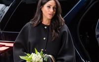 Meghan Markle hạ sinh em bé, Hoàng gia Anh muốn vợ chồng hoàng tử Harry rời khỏi cung điện?
