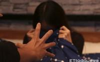 Bố mẹ ly hôn, bé gái 8 tuổi được gửi đến nhà ông bà, chẳng ngờ